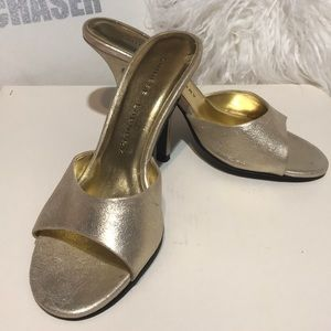 Chinese Laundry Gold heels 6- NWOT